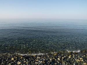 Platamon kristálytiszta kavicsos tengerpart