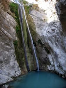 Nidri közelében a Dimosari vízesés