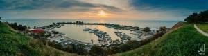 Szaloniki kikötőben naplemente